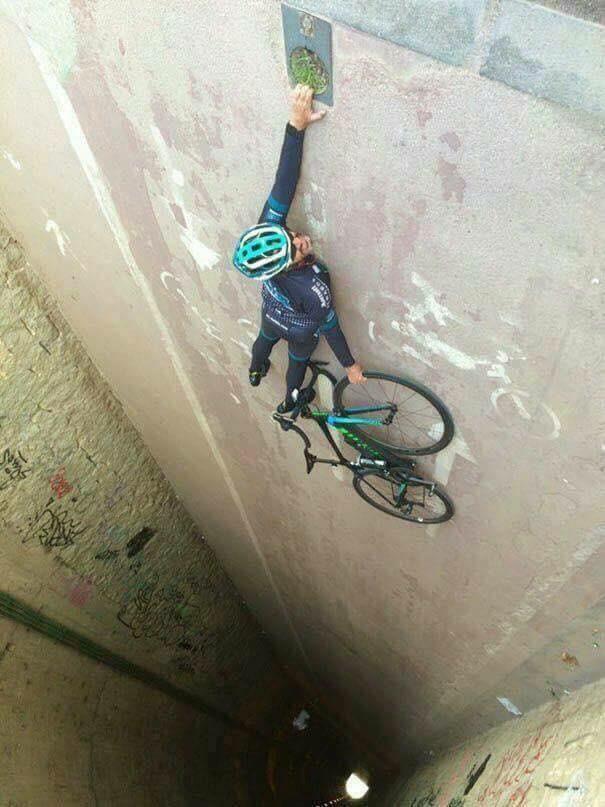 Bicycle Pics Optische Täuschung