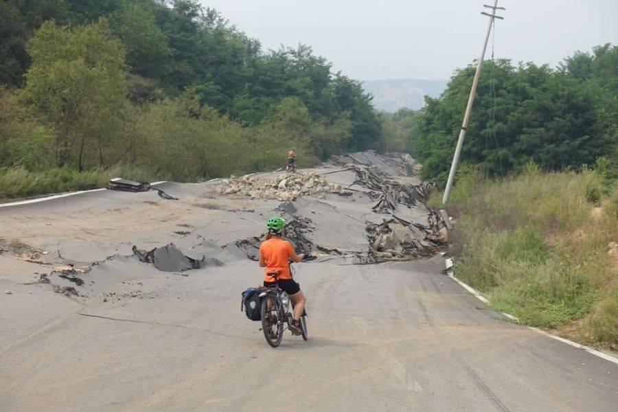 Bicycle Pics Strasse Erdbeben
