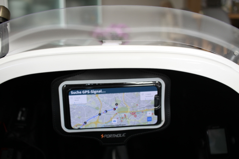 Velomobil DF Cockpit Smartphone