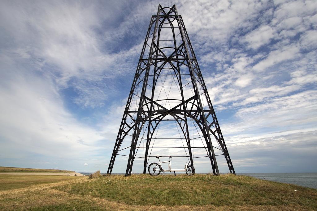 Bullitt Cargobike Texel Denkmal Westküste