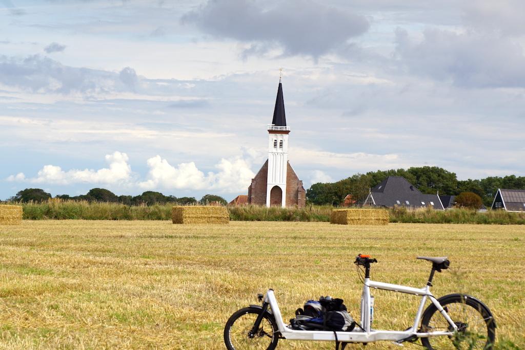 Bullitt Cargobike Texel Kirche Den Hoorn