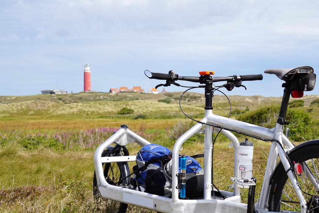 Bullitt Cargobike Texel Leuchtturm